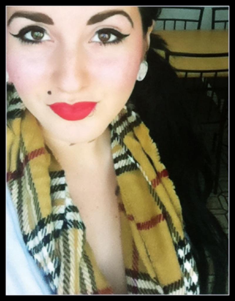 Whore lips