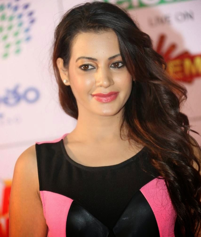 Deeksha Panth Pics, Deeksha Panth Hot HD Pics in Pink Dress