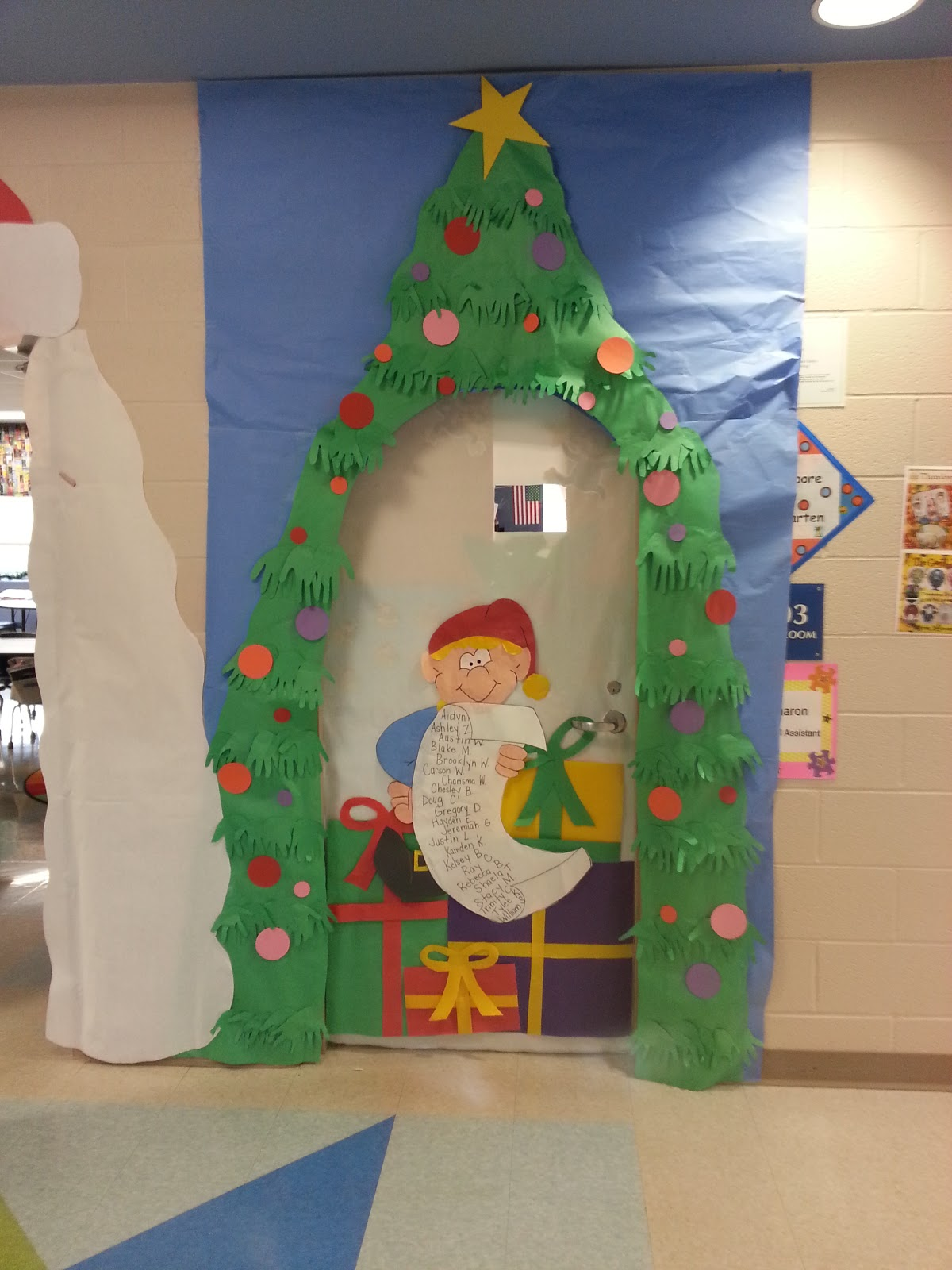 Preschool Classroom Decoration For Christmas ~ Christmas door decorations kindergarten classroom hallow