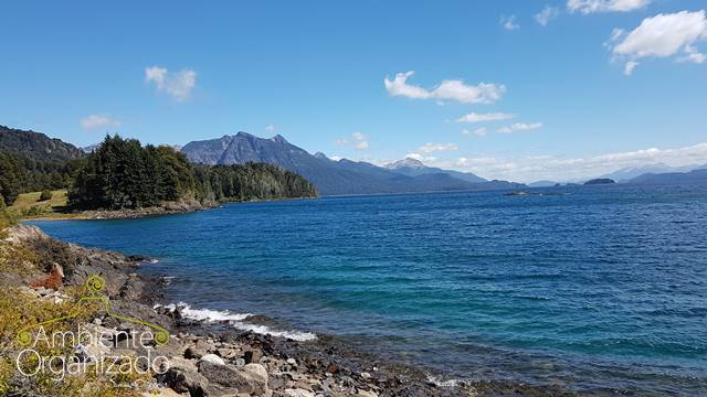 Lago na Argentina