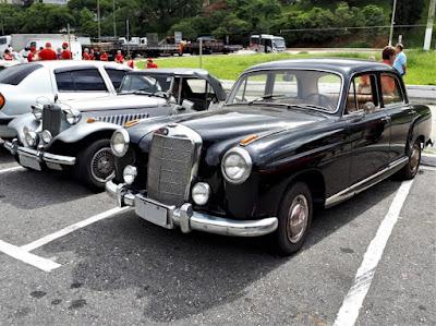 Neste ano Percival Lafer escolheu prestigiar o encontro do Clube do MP Lafer no Pacaembu a bordo de seu Mercedes-Benz 220 - um modelo produzido entre 1954 e 1959.