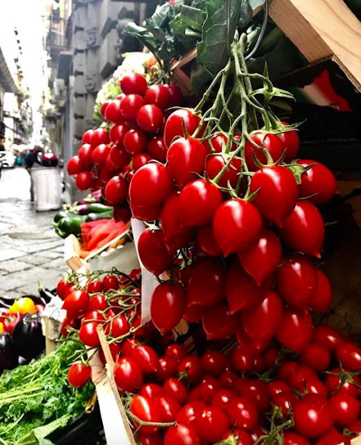 pomodorini al piennolo, Naples