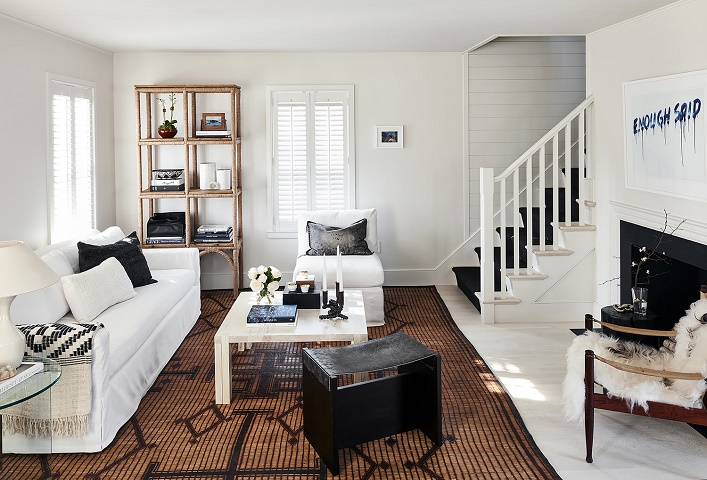 Be Inspired By This Bright And Beautiful 2,000 Square Feet Nantucket  Cottage Designed By The Talented Kara Mann!
