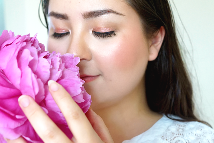 rose-gold-heatproof-summer-makeup-barely-there-beauty