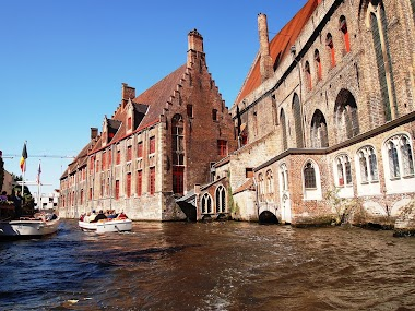Travel Adventures and Romance in Bruges