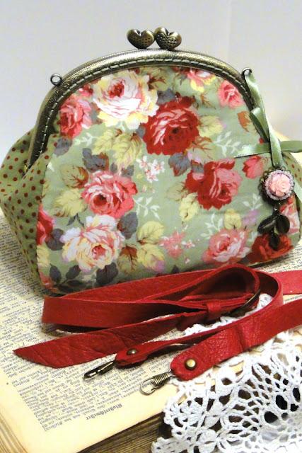 Женская сумочка через плечо - сумка с розами, сумка с фермуаром