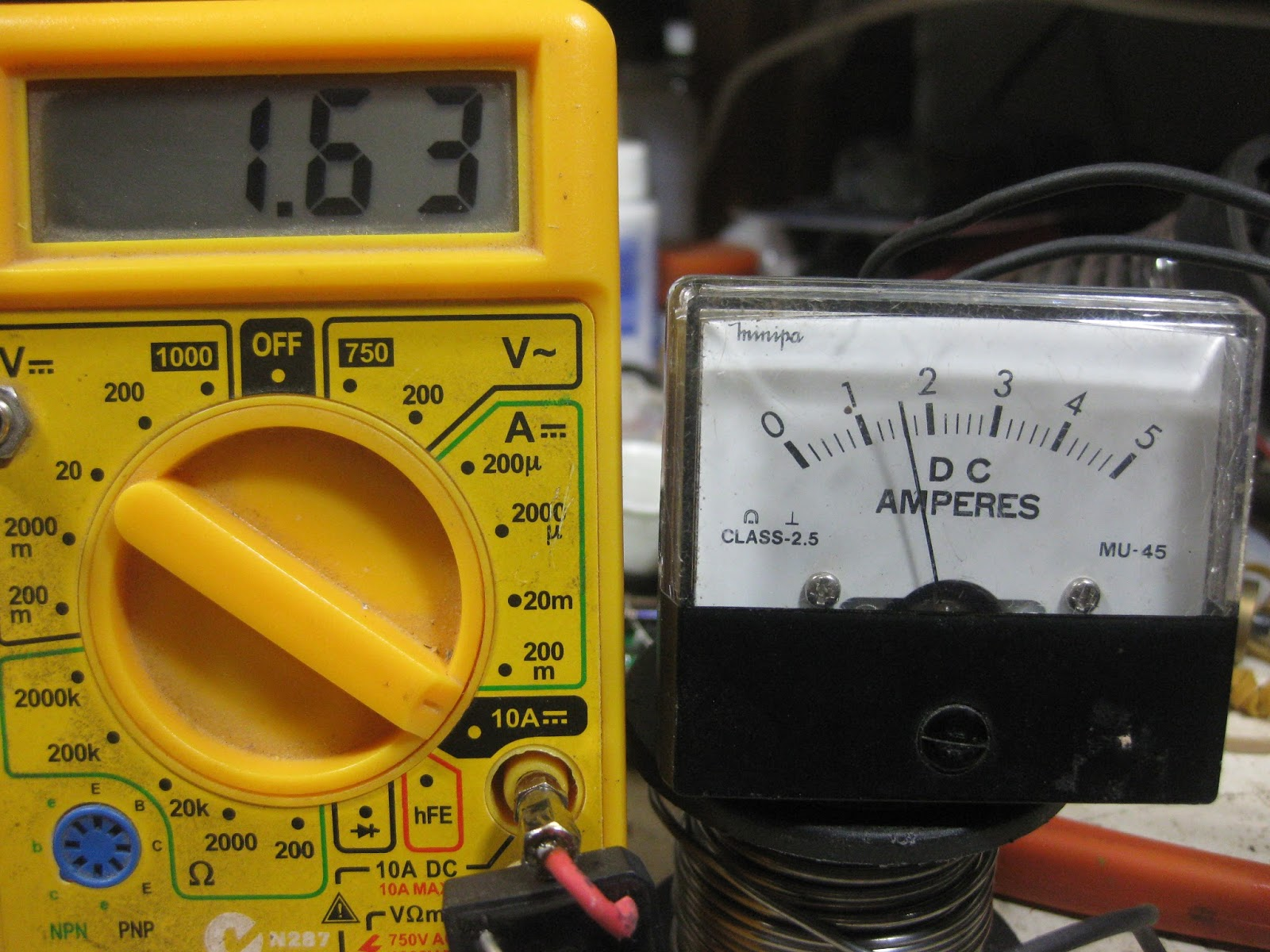 The Main North Dcc Ammeter For Layout Digital Panel Wiring Diagram Multimeter Compared To A 50 Amp Dc Meter Both Indicating Track Current No Locos Running And All Quiet Sound