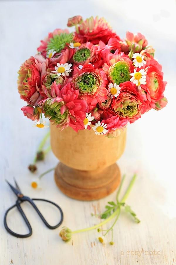 Inspiring autumnal flower arrangement