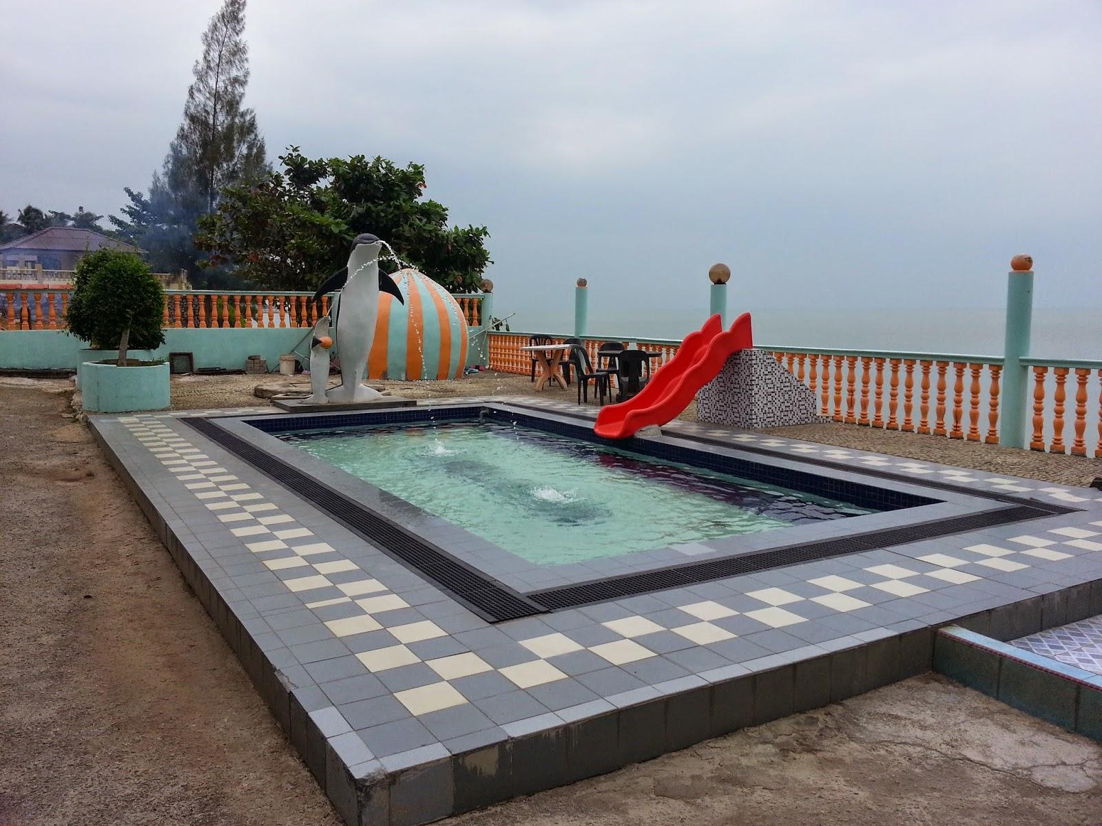 melaka d 39 nelayan beach resort part 1 weird girl