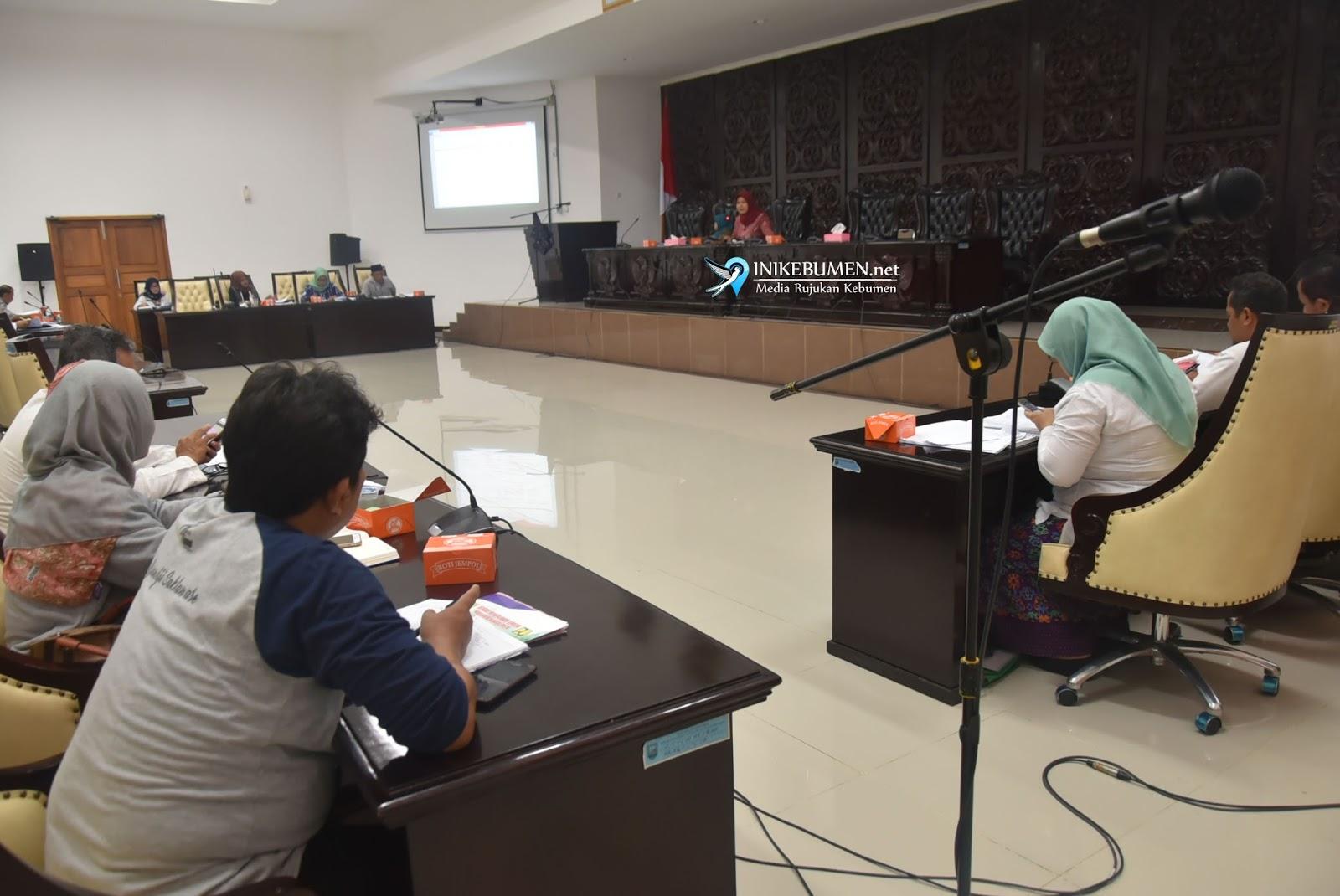 Bahas Retribusi Pemakaian Kekayaan Daerah, Pansus II DPRD Kebumen Gelar Public Hearing