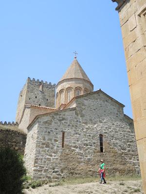 Ananuri, Ананури крепость, Грузия #georgia georgia.jpg. степанцминда, Казбеги, Казбек, горы, Тбилиси, Мцхета, Ананури, путешествия, мы путешествуем, самостоятельные путешествия, что посмотреть в Грузии