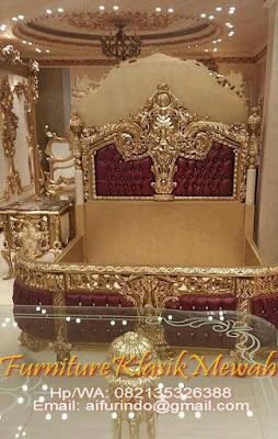 bed room set klasik mewah,bed room set ukir classic,bed room set jati ukir klasik jepara gold,italian luxury bed room set-toko jati-furniture klasik mewah-toko mebel jati klasik-jual mebel jepara-mebel duco-mebel klasik-mebel ukir