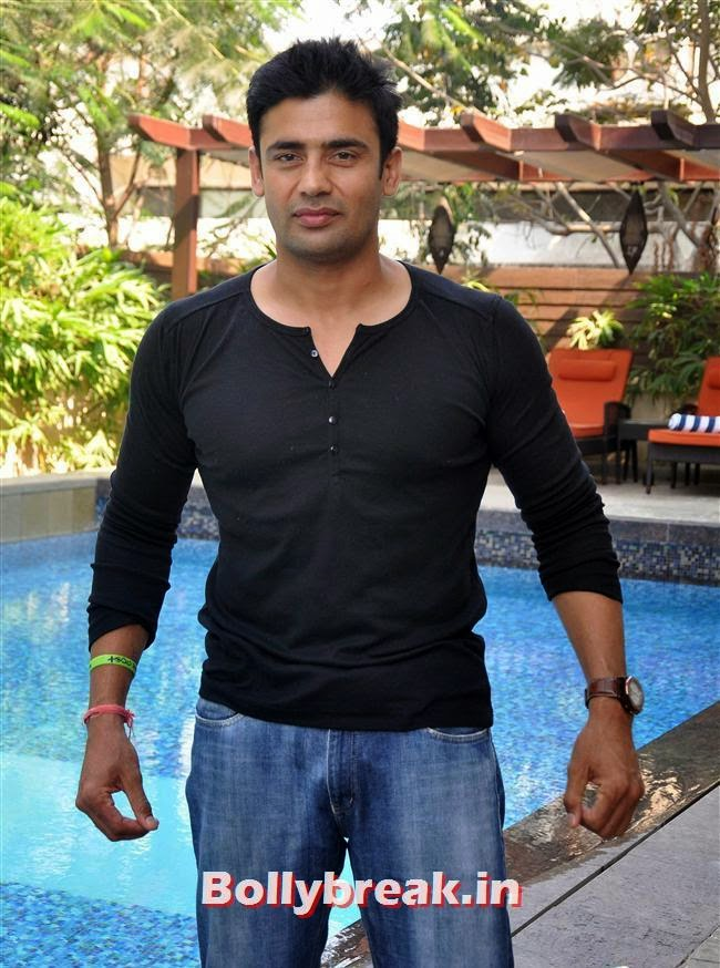 Sangram Singh, Bollywood Page 3 Celebs at Sheetal Nahar Brunch Party
