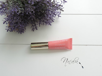 Instant-Light-Natural-Lip-Perfector-Clarins