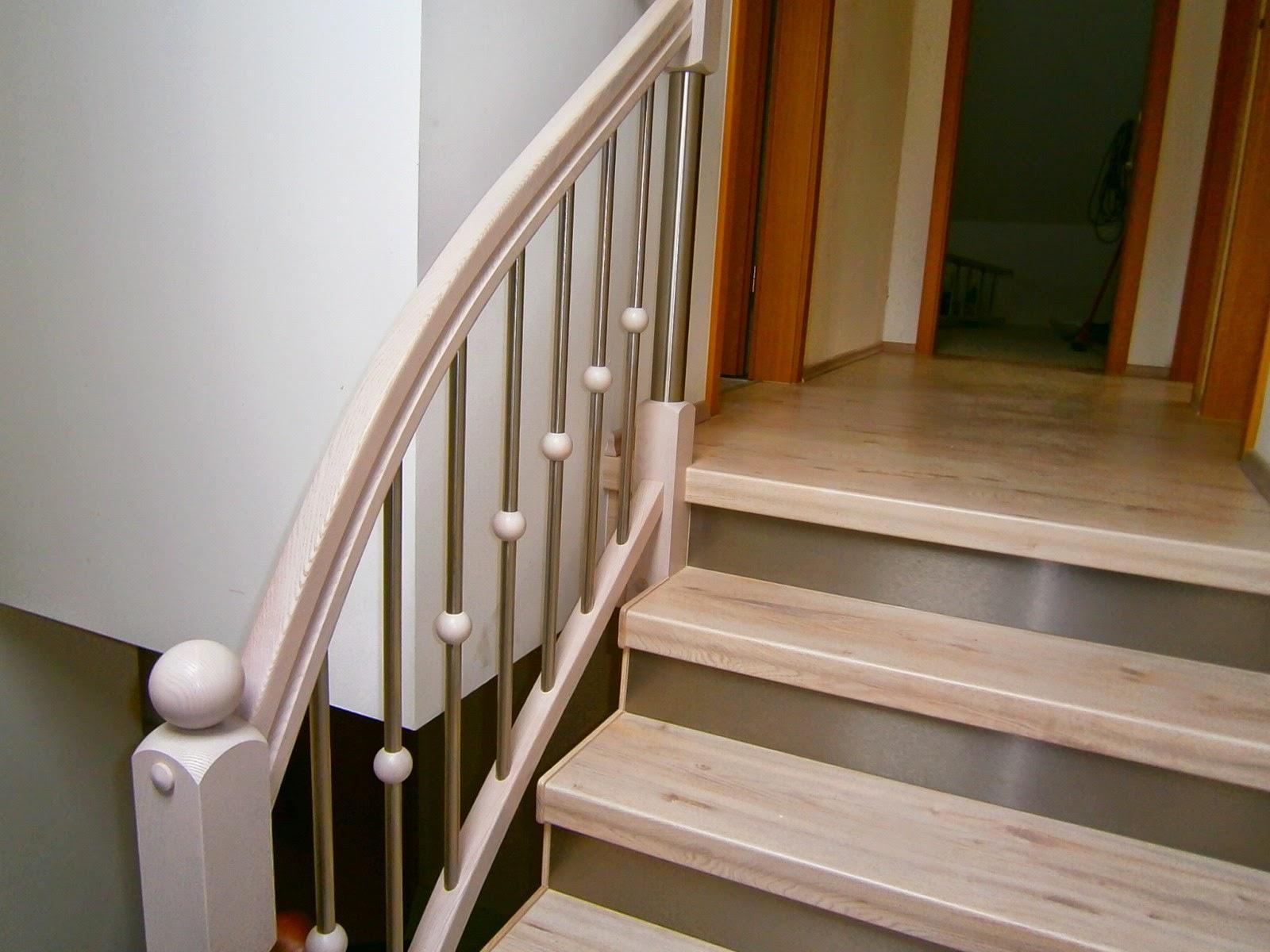 Treppenrenovierung - Treppen-Stufen weißer Nussbaum