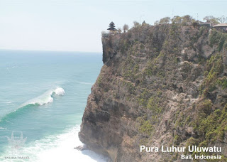 Pura Uluwatu - Salika Travel 3H2M Bali Kintamani