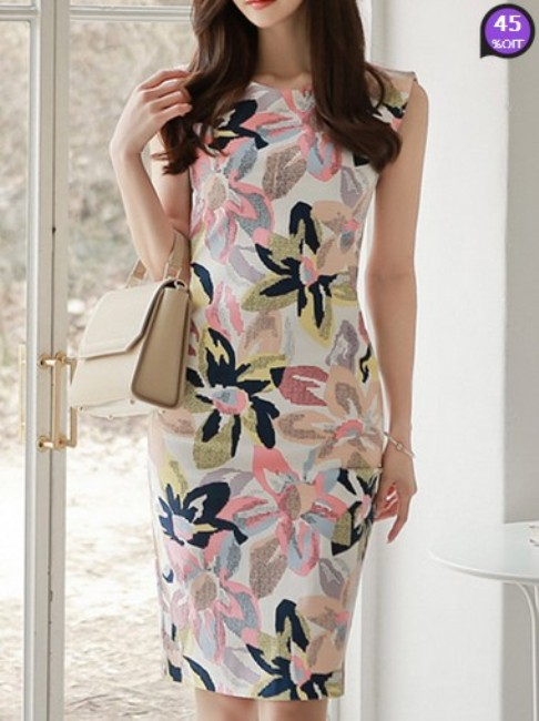 Round Neck Floral Printed Bodycon Dress (Price:$ 25.14)