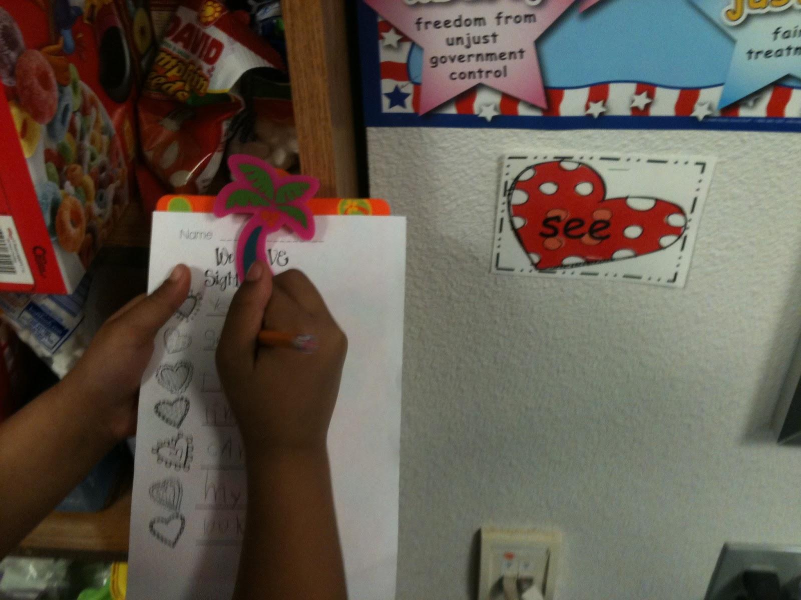 Kreative In Kinder We Love Valentine Centers