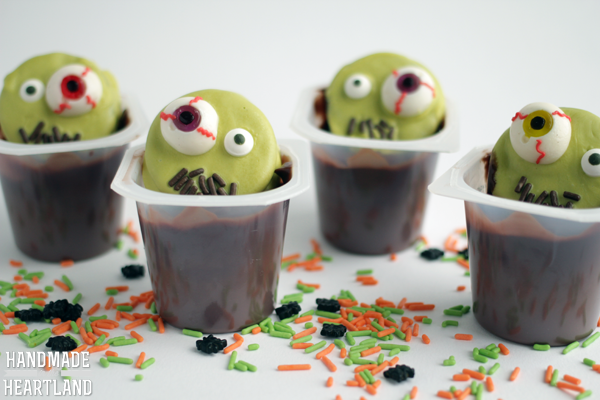 Zombie Halloween Pudding cups #Snackpackmixins #cbias #shop