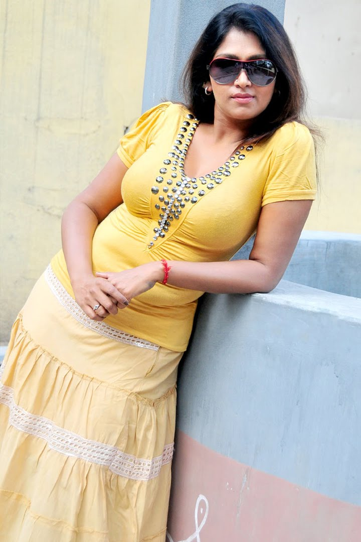 Not Bhuvaneswari hot nude gallery this