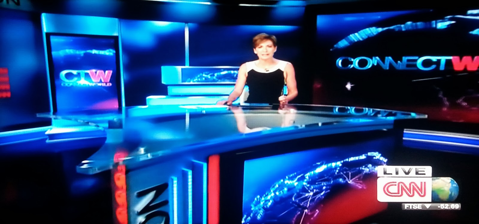 The Ger Desk In Cnn S Studio London Replaces Small Round And Is Wedged Shaped Like A Guitar Pick Or Yes Starfleet Insignia