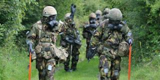 Bikin Bangga ! Militer Malaysia Bahkan Jerman Pun Pakai Seragam Anti Nuklir Buatan Indonesia - Commando