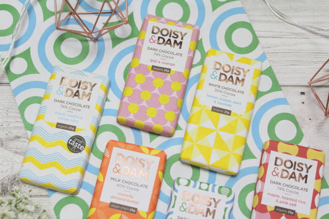 Afternoon office snacking with vegan treats from Doisy and Dam* - www.nourishmeblog.co.uk