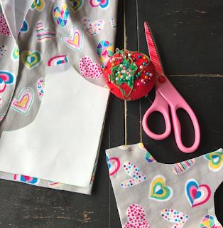 joann fabric, heart print, doodles, knit, knit dress, handmade, kids clothes, girls dress, little girl