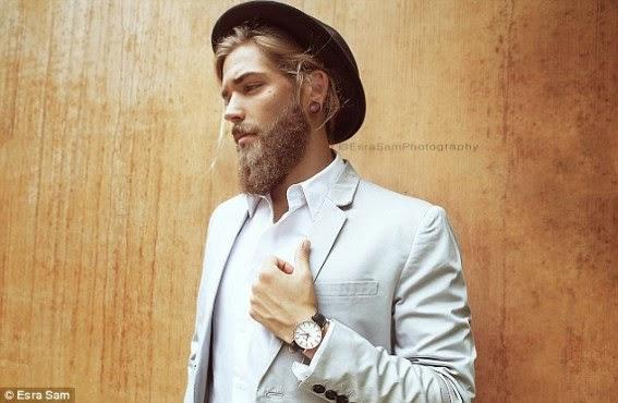 Lucas Bernardini.. probably the sexiest man living right