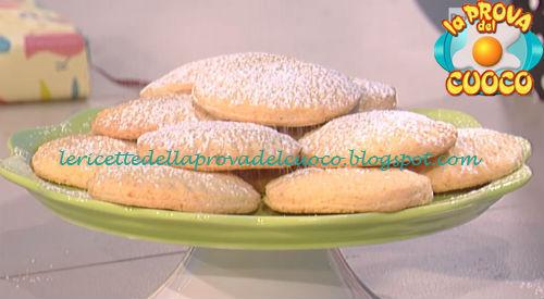 Dolcetti al cocco con cuore di cioccolato bianco ricetta Moroni da Prova del Cuoco