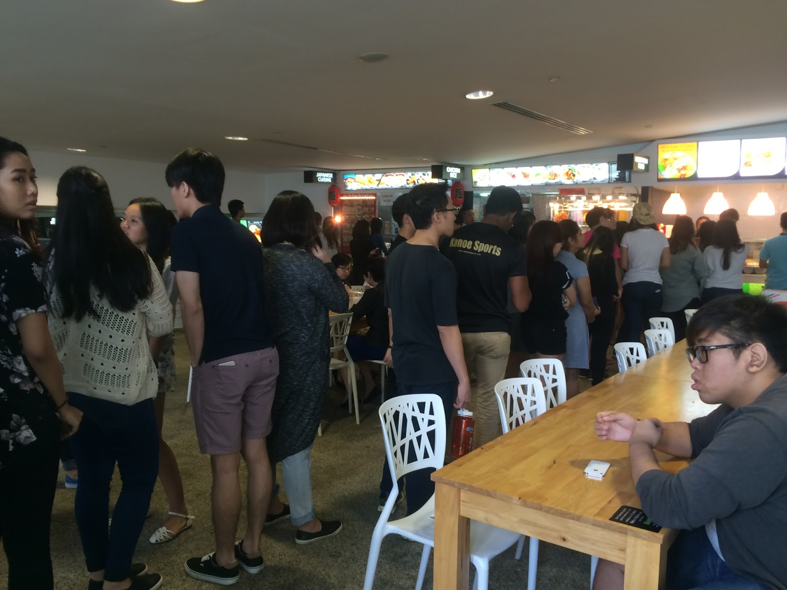 Long queue in RP canteen