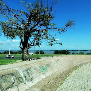 Rampa de Skate e Lago Guaíba - Parque Marinha do Brasil