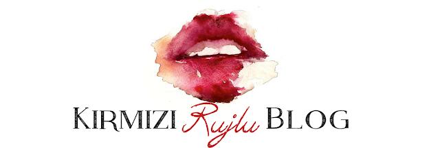 Kırmızı rujlu blog