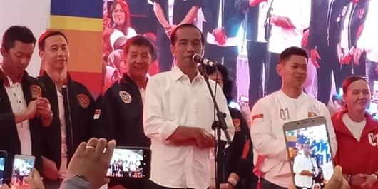 Jokowi: Jangan Ngomong Ibu Pertiwi Diperkosa, Ibu Pertiwi Sedang Berprestasi!