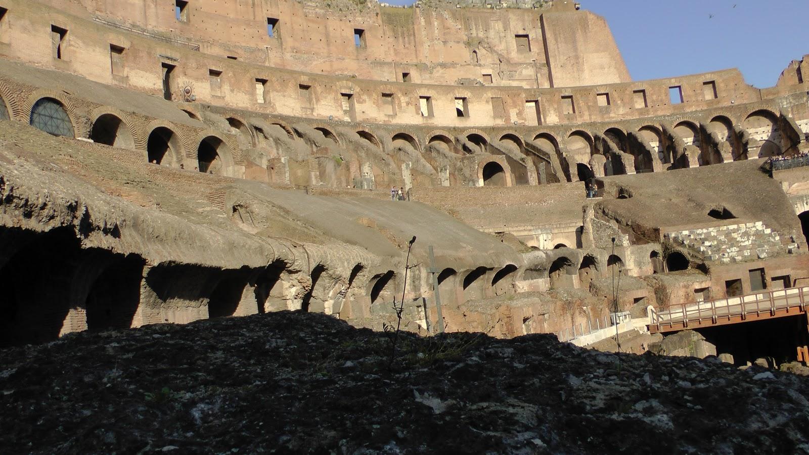 johncristiani ROMA  Il COLOSSEO il PANTHEON e altre Immagini dellantica Roma larco di