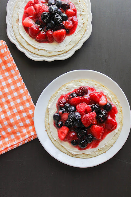 Berry Breakfast Flatbreads | The Chef Next Door