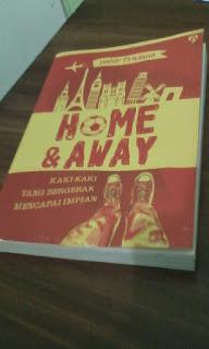 Buku GagasMedia tentang football traveling Eropa