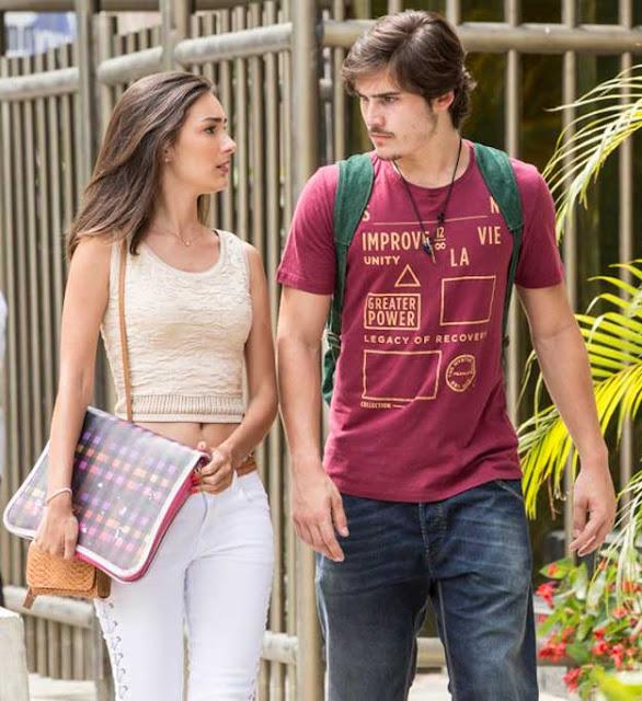 Marina Moshen e Nicolas Prates em cena de Rock Story