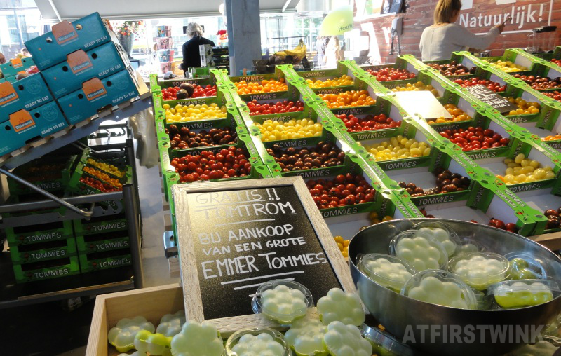 natuurlijk! markthal rotterdam cherry tomatoes in different colors