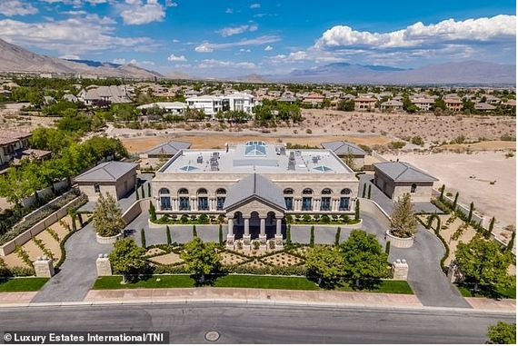 floyd-mayweathers-new-10million-mansion-in-las-vegas Naijaslog