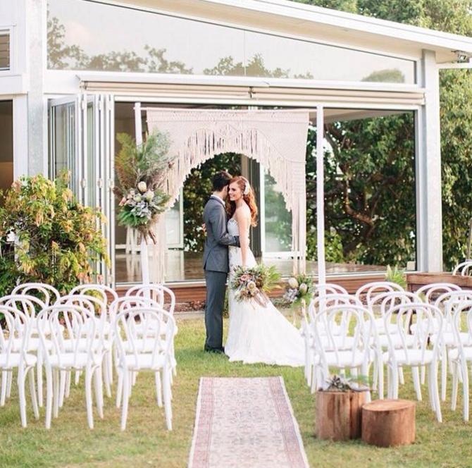Macramae Ideas Wedding Arch: Wedding Pretty: Macrame Ceremony Backgrounds