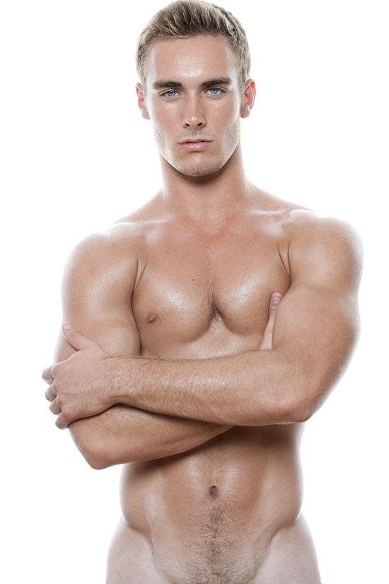 handsome-naked-dude-gloucester-swinger-clubs