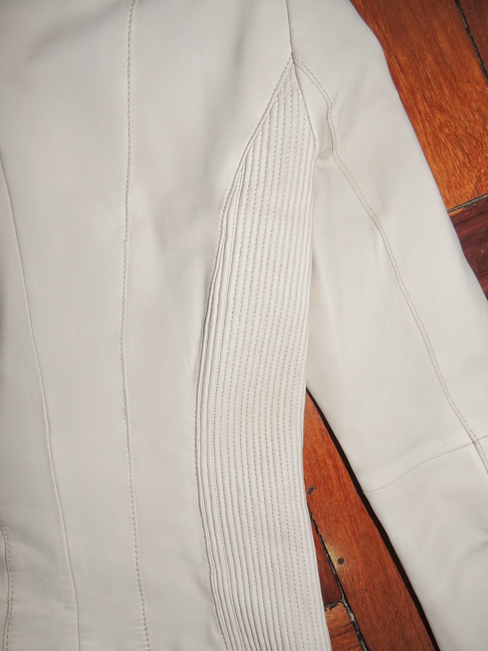 e51234b044 Mais uma jaqueta de couro TOP da Zara!! Couro macio e lindo! A cor da  jaqueta é nude com preta! Vai com tudo! Todo mundo tem que ter uma jaqueta  de couro ...