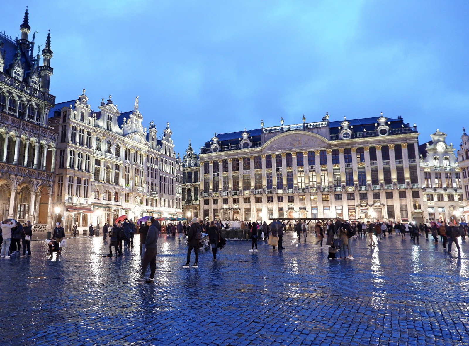 Brussels Grand Place in the rain