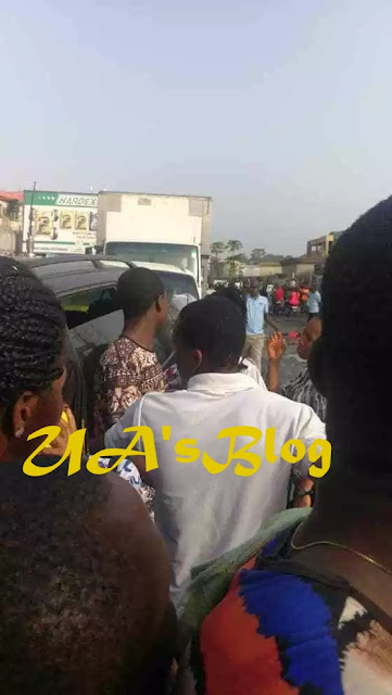 BREAKING!!! Tinubu Allegedly Orders Thugs To Lock The Shops Of Igbos For Not Voting APC, Sparks Protest (Photos)