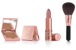 Elizabeth Arden launches Rose Aurora collection