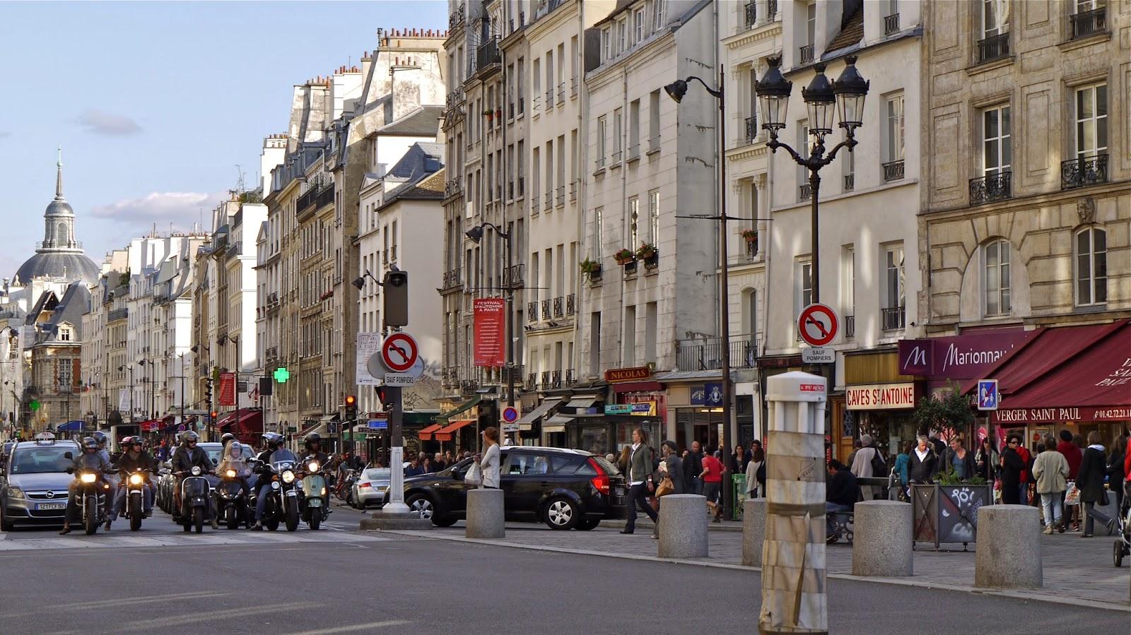 Balada Gay Em Paris