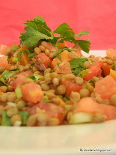 Δροσιστική σαλάτα με φακές