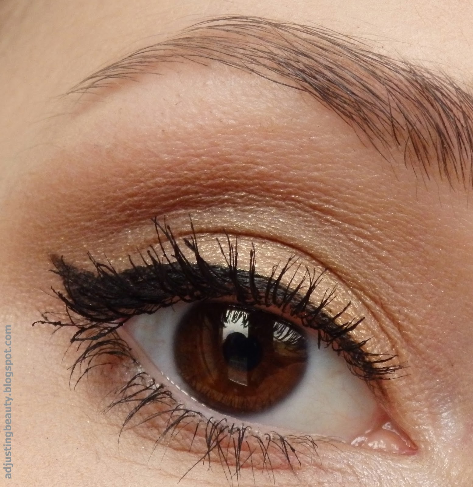 Adding Color To Basic Eye Makeup For Different Eye Colors