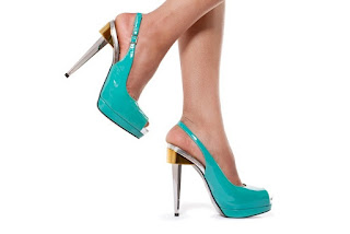 High Heels Bikin Cedera Pergelangan Kaki!